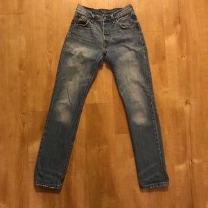 Levi's 501 Medium Wash Jean